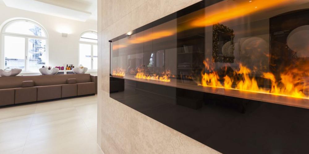 Effektfeuerkamin mit 3-D-Flammen aus Wasserdampf durch ...