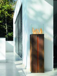 tuto feuerskulptur mit bioethanol freistehende fen kamine mit flammen aus wasserdampf. Black Bedroom Furniture Sets. Home Design Ideas