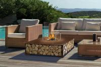 bench 100 in edelrost und holz garten outdoor kamine mit flammen aus wasserdampf. Black Bedroom Furniture Sets. Home Design Ideas